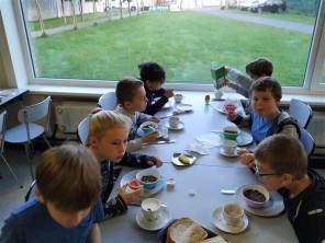 Lekker ontbijten - Zeeklassen dag 2 - De Schans - 2018 - (11)